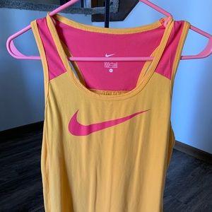 Nike Razorback T